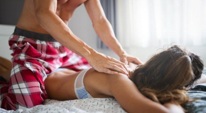 masajul lingam si orgasmul